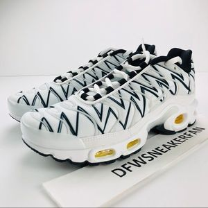 Nike Air Max Plus TN Mens Size 5= Women's Sz 6.5